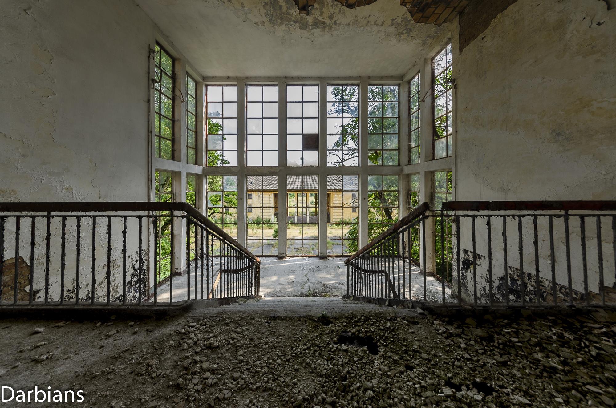 Main Staircase third floor.