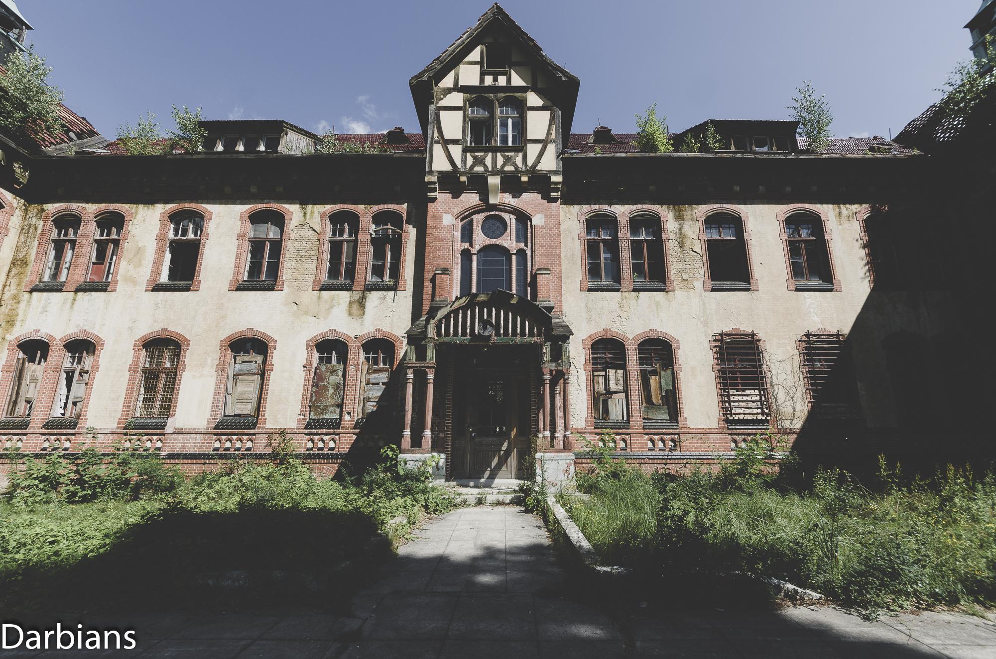 Beelitz Heilstätten Abandoned Sanatorium: Administration block