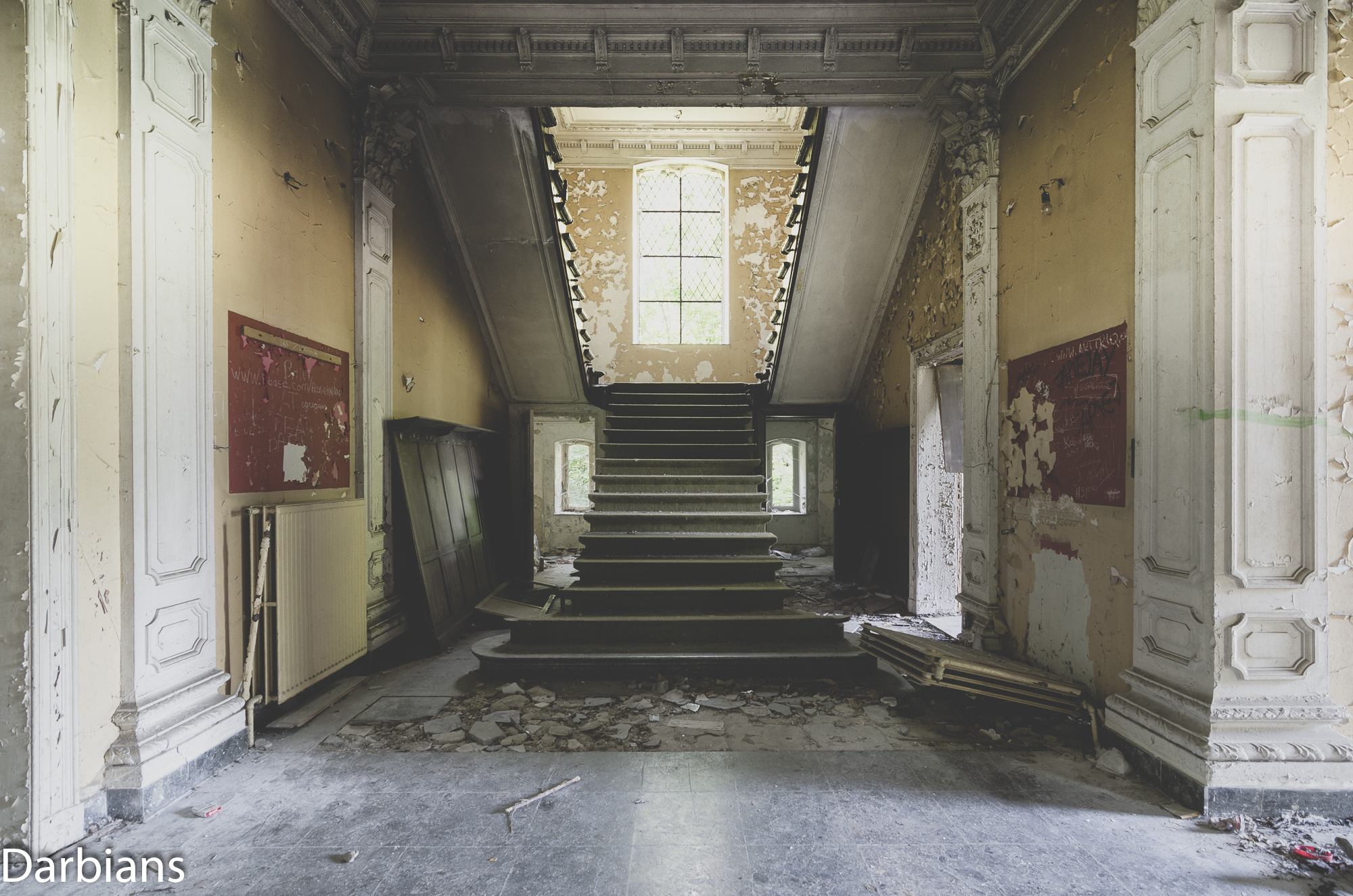 Chateau Rochendaal. Base of the staircase.