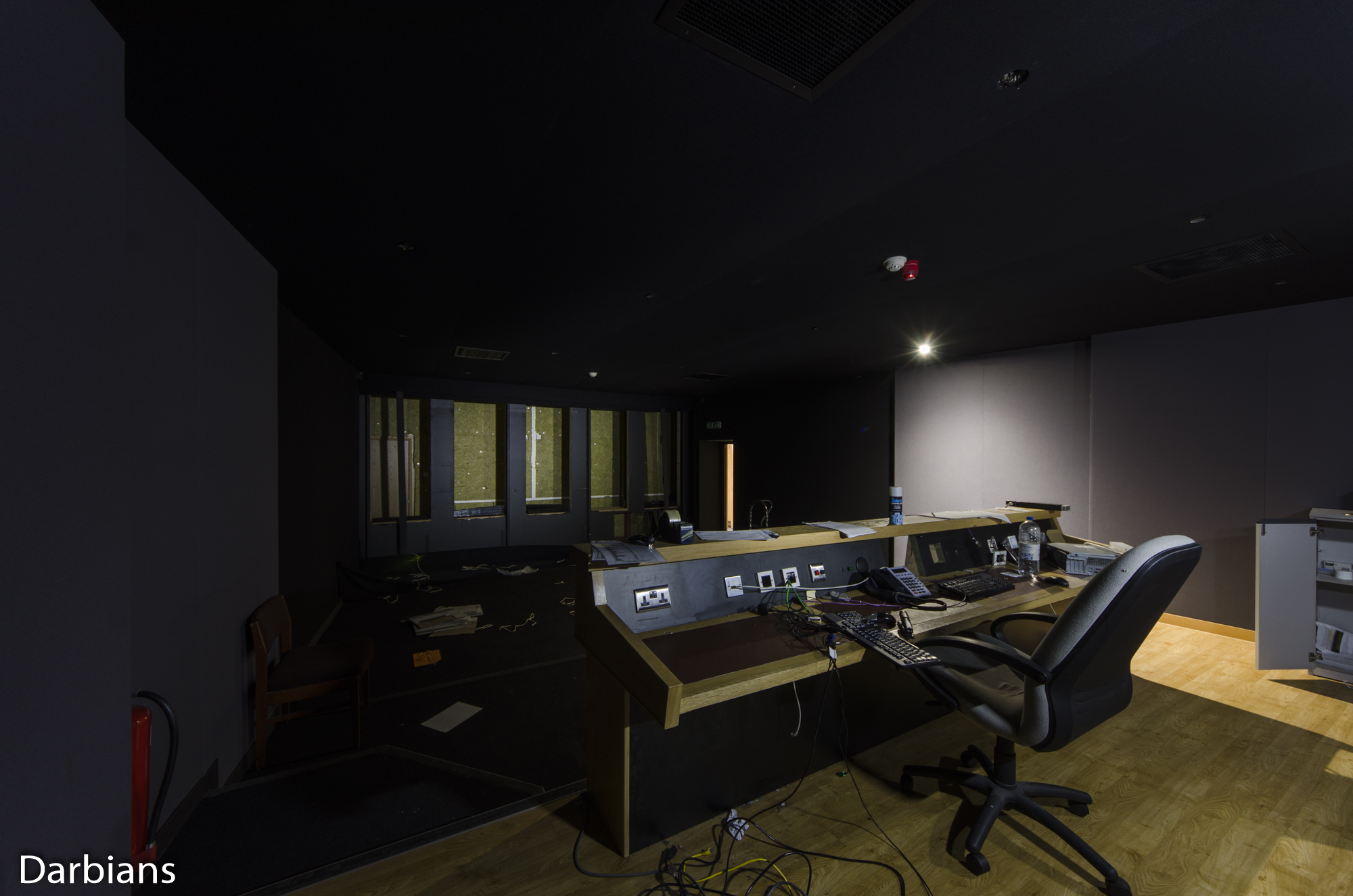 Deluxe London: Different angle of a mixing room.