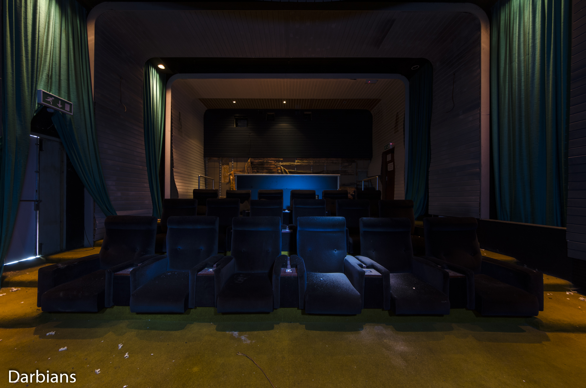 Deluxe London: The dolby digital theatre. There were ashtrays between the seats.