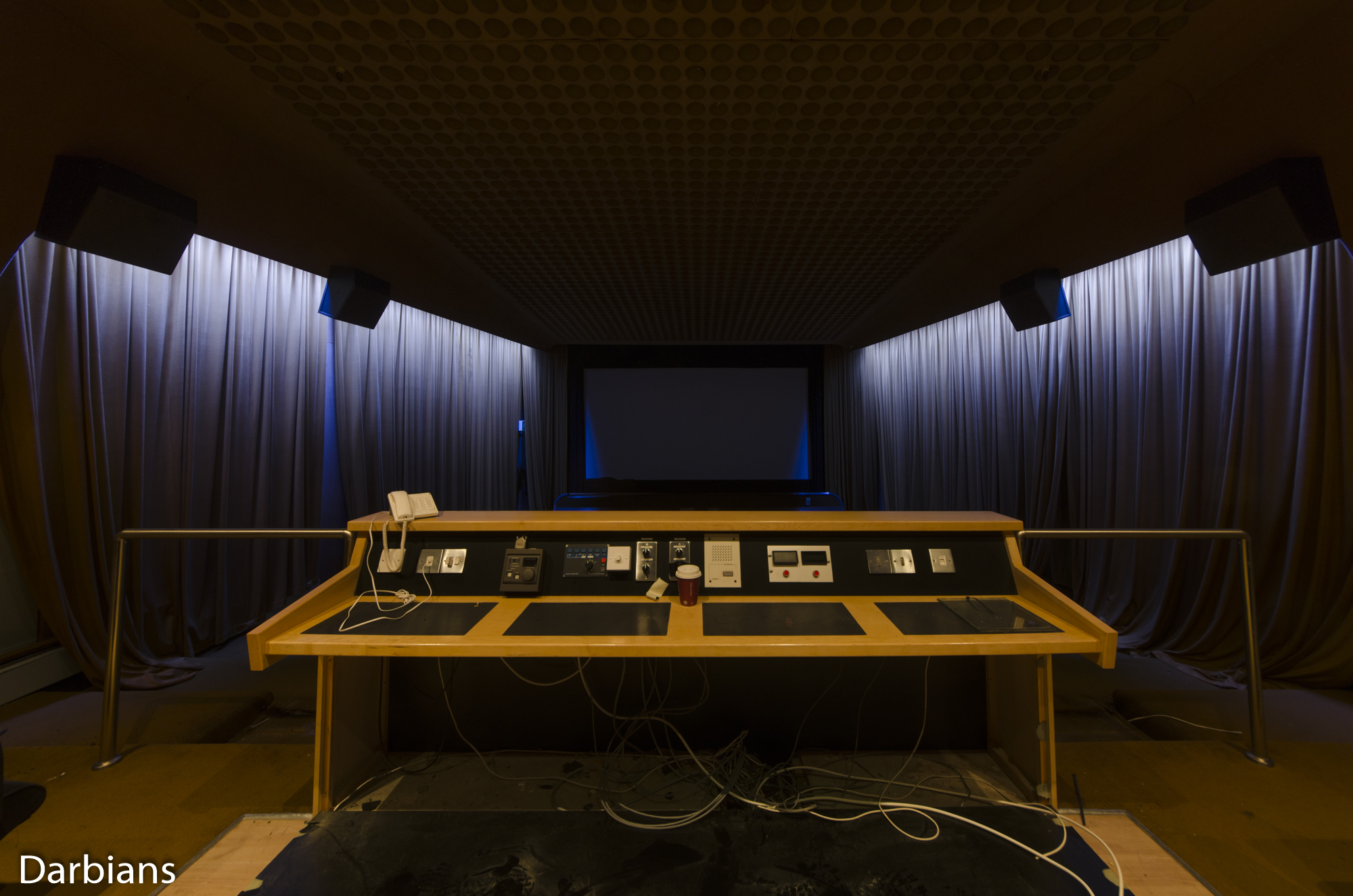 Deluxe London: The dolby digital theatre. I discovered this theatre just before I left.