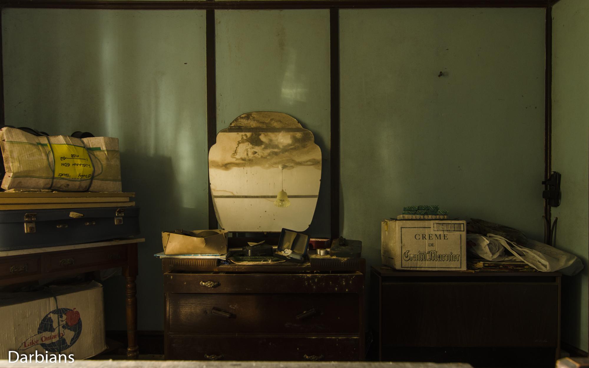 Essence House: Personal belongings in the bedroom.