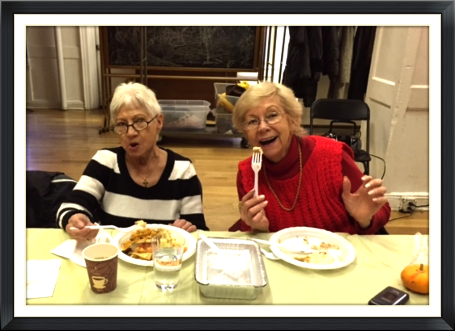 Bingo ladies enjoying Thanksgiving Lunch!