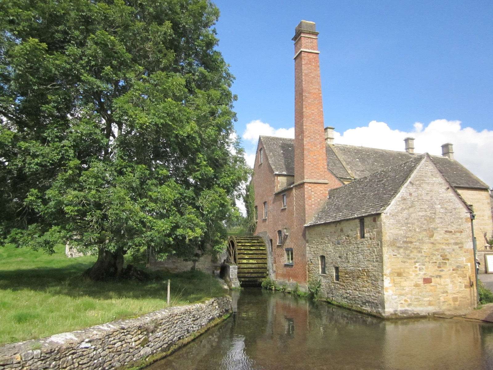 Lower Slaughter, the old mill