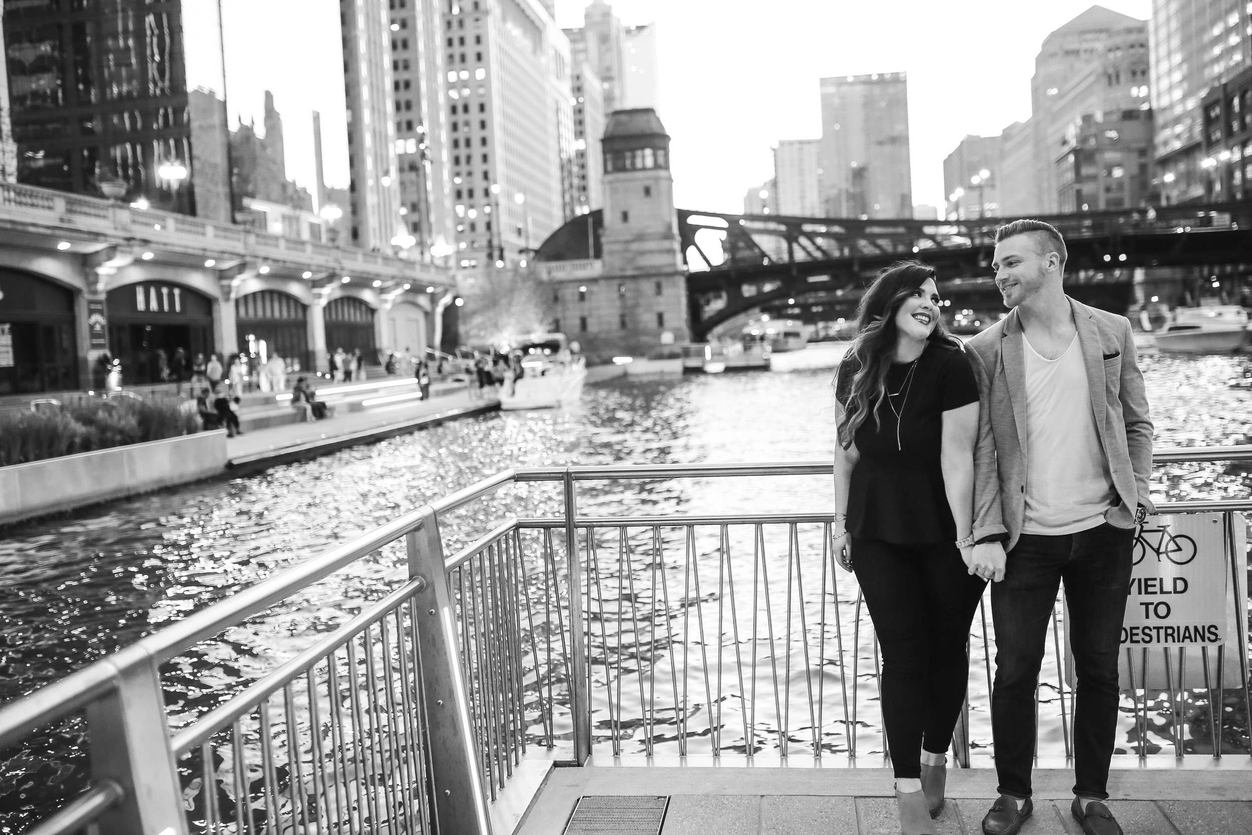 couple by chicago river
