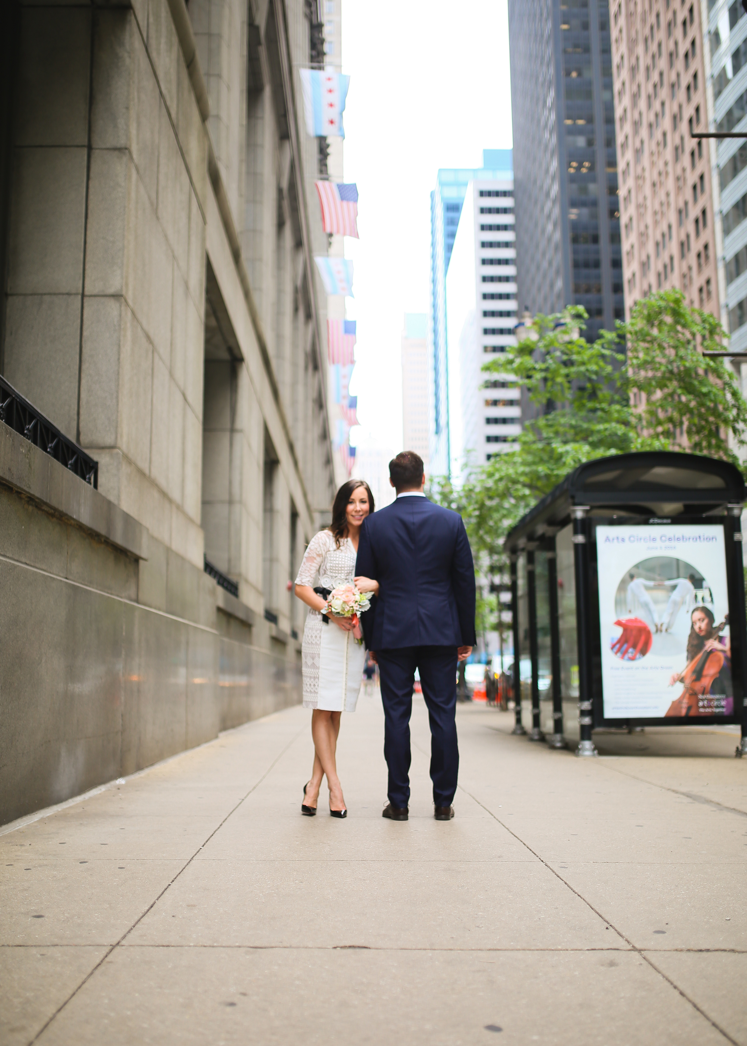 downtown chicago city married couple