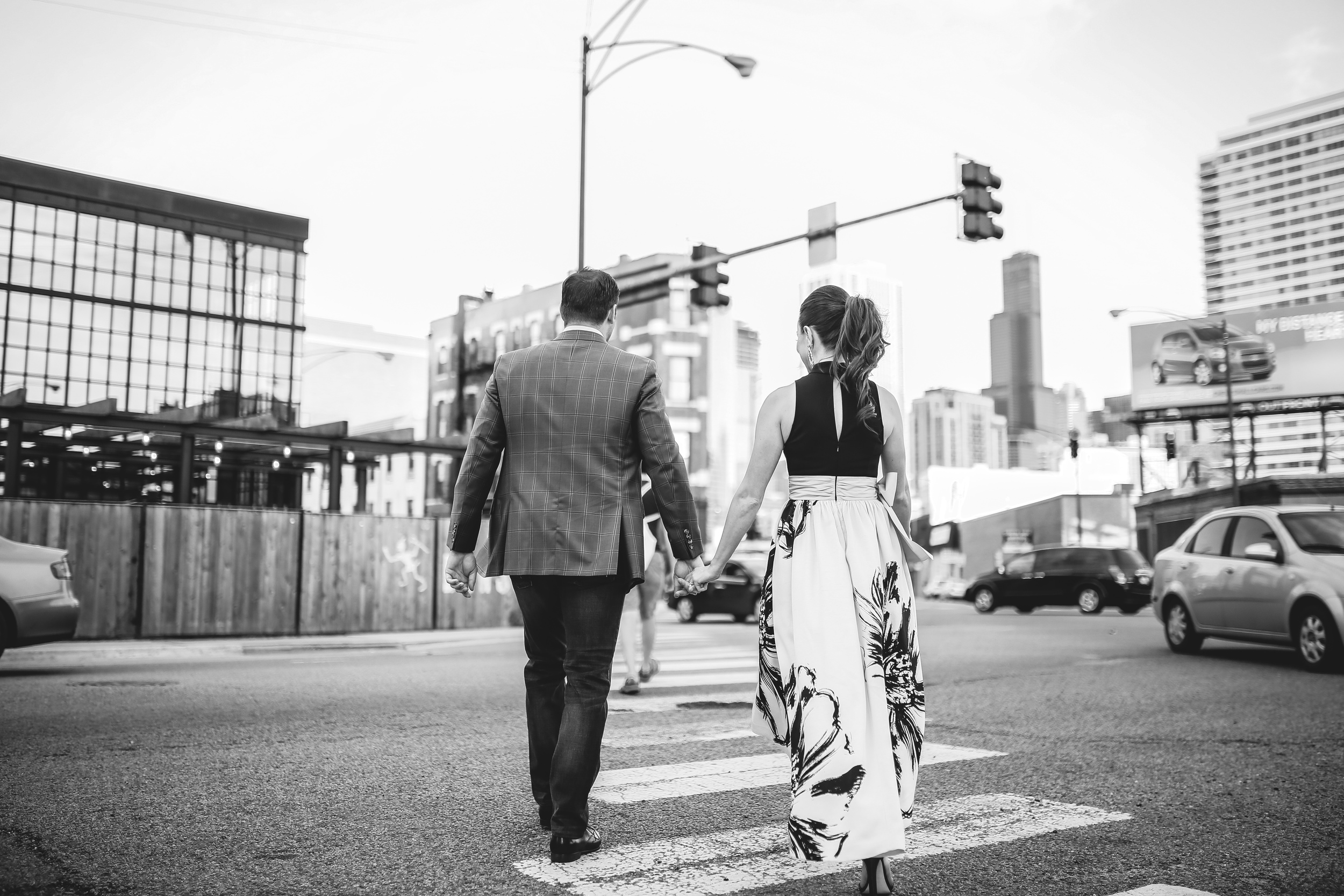 chicago street farewell holding hands