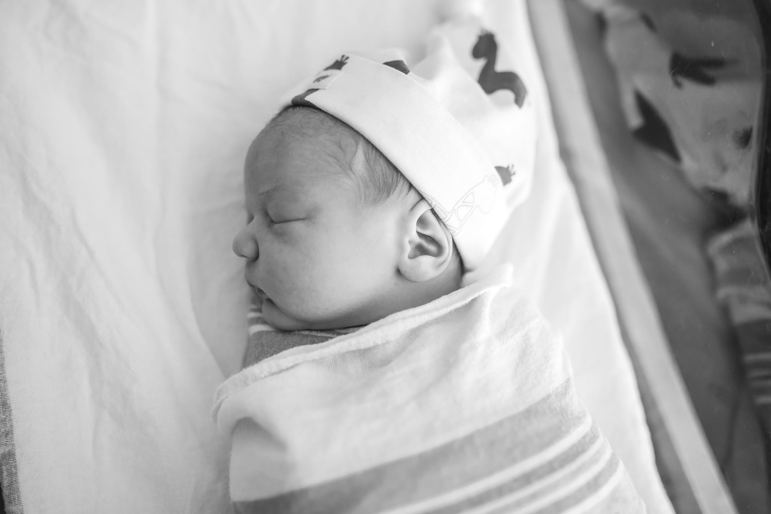 chicago newborn side profile view