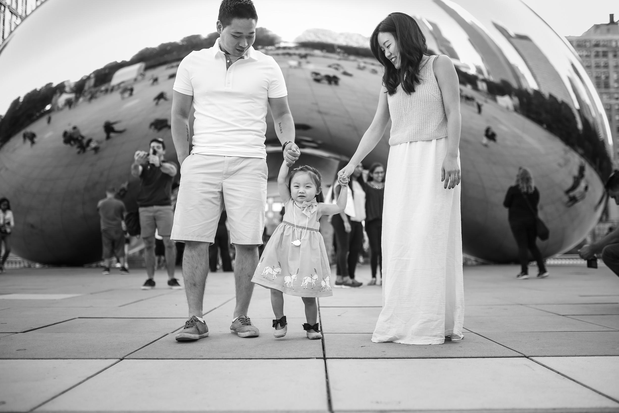 chicago bean family portrait holding hands