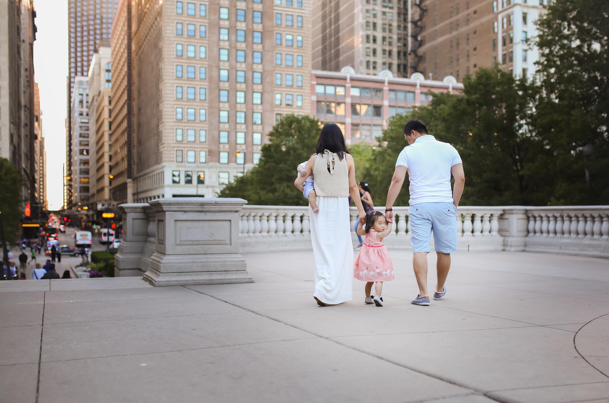 chicago downtown family millenium park