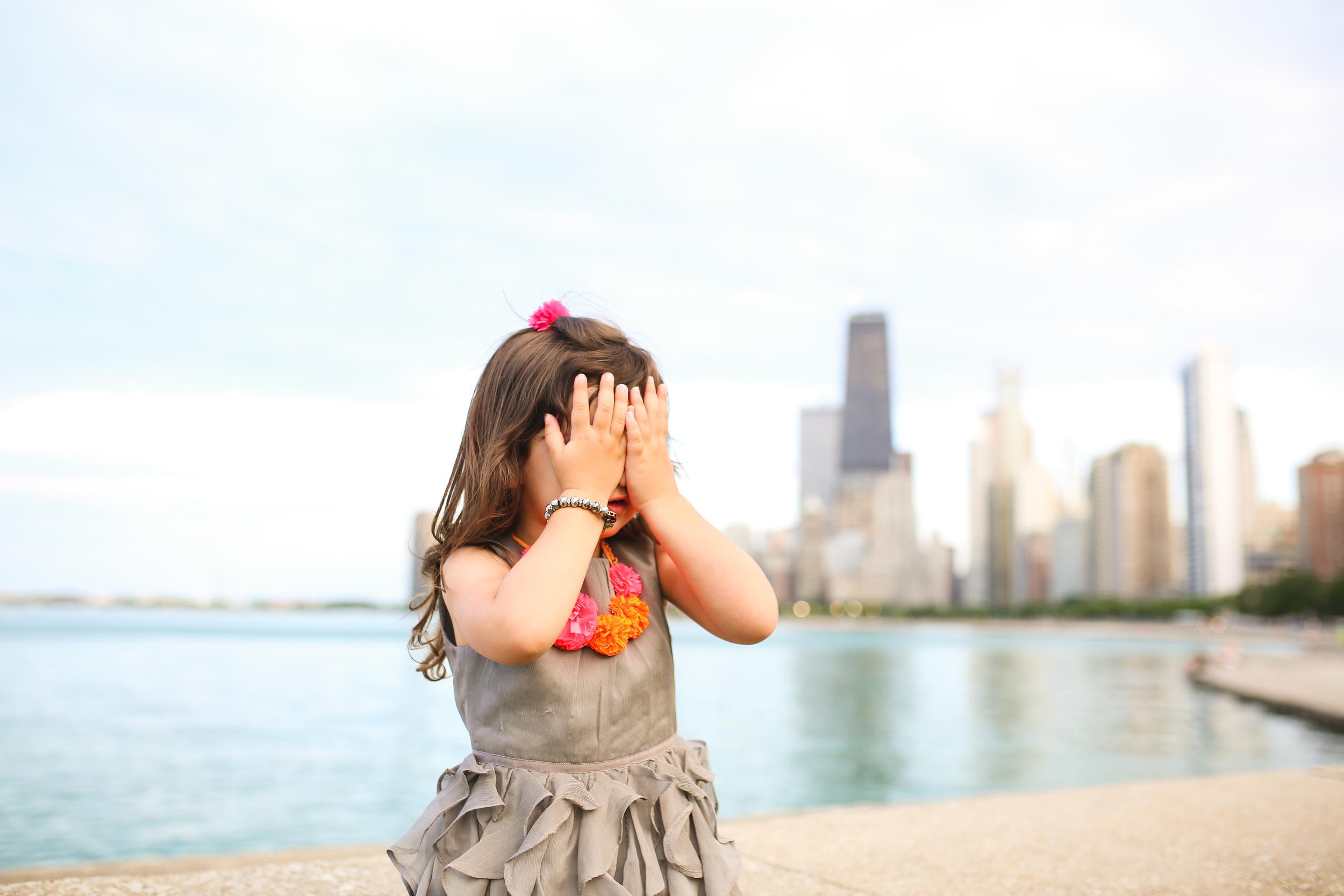 chicago little girl lifestyle image
