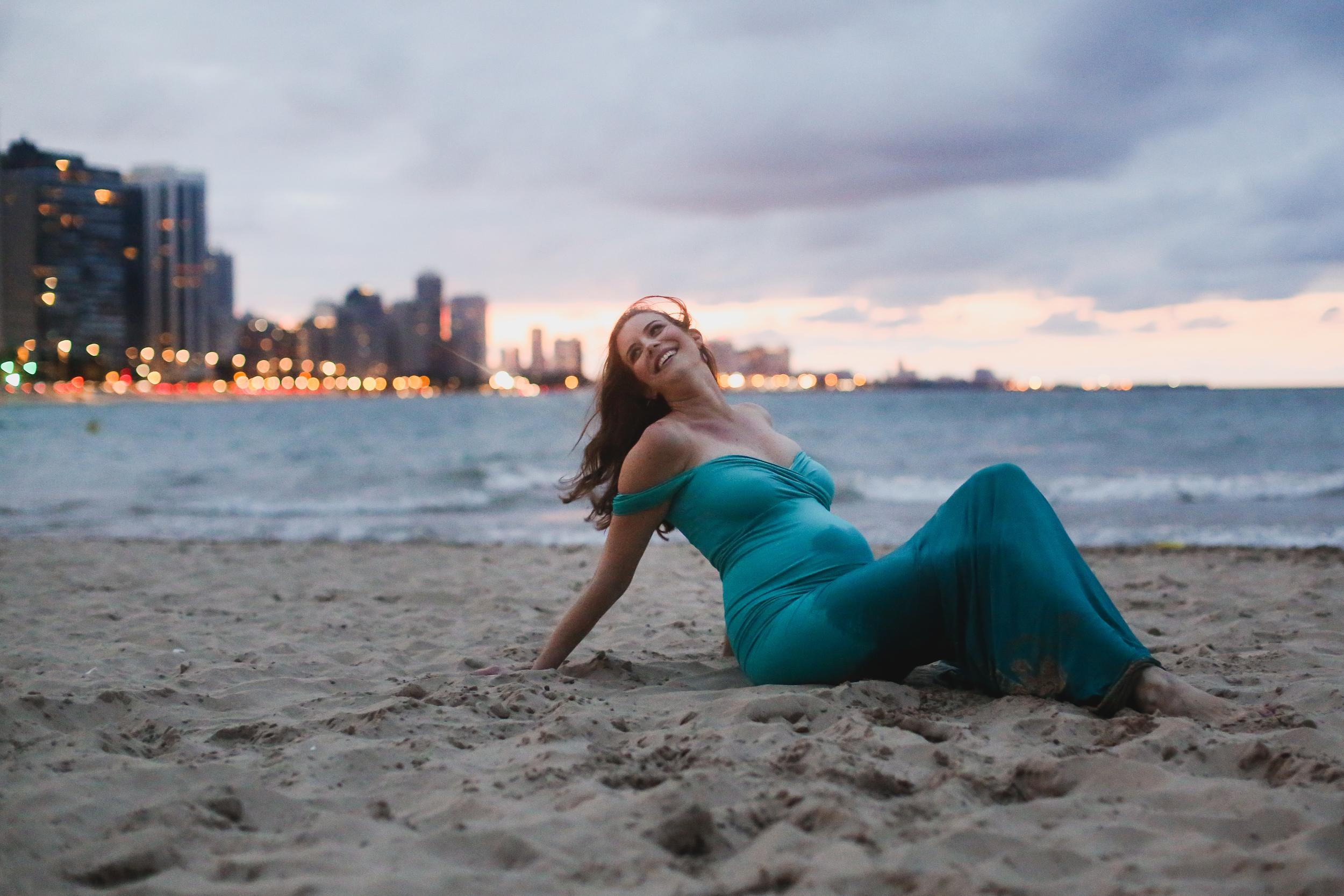 chicago maternity lifestyle photographer jenny grimm