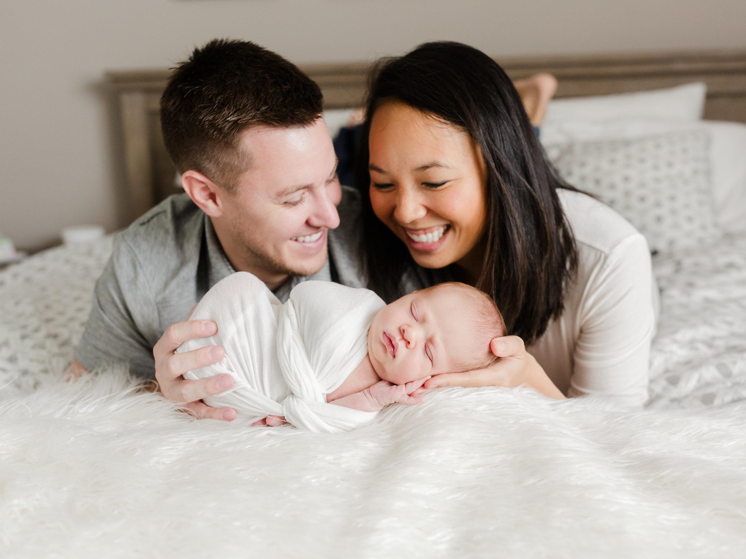 chicago newborn lifestyle photographer