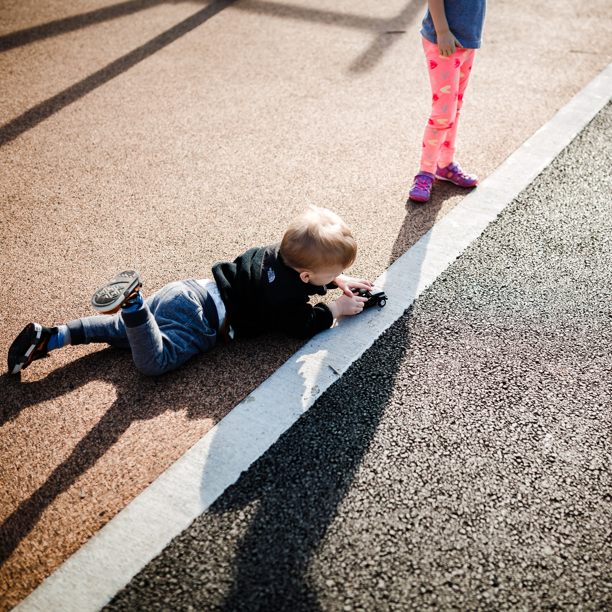 chicago toddler lifestyle photography park play jenny grimm photographer