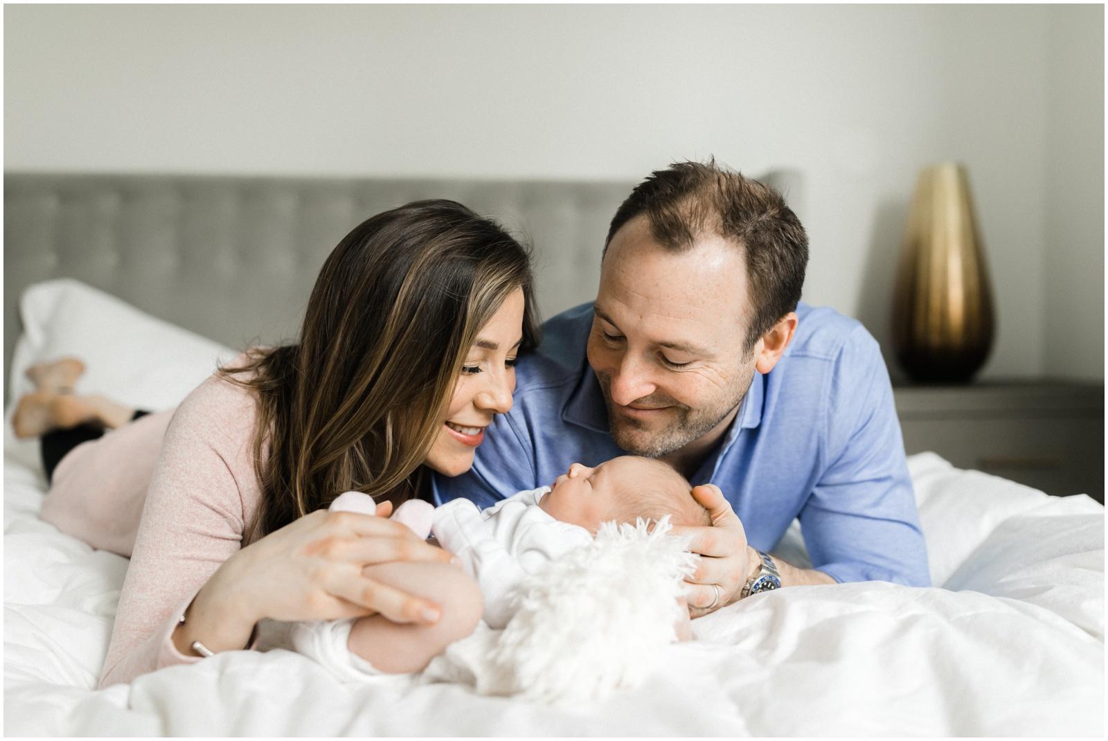 chicago-lifestyle-newborn-pregnancy-photographer-jenny-grimm-photography_0006.jpg