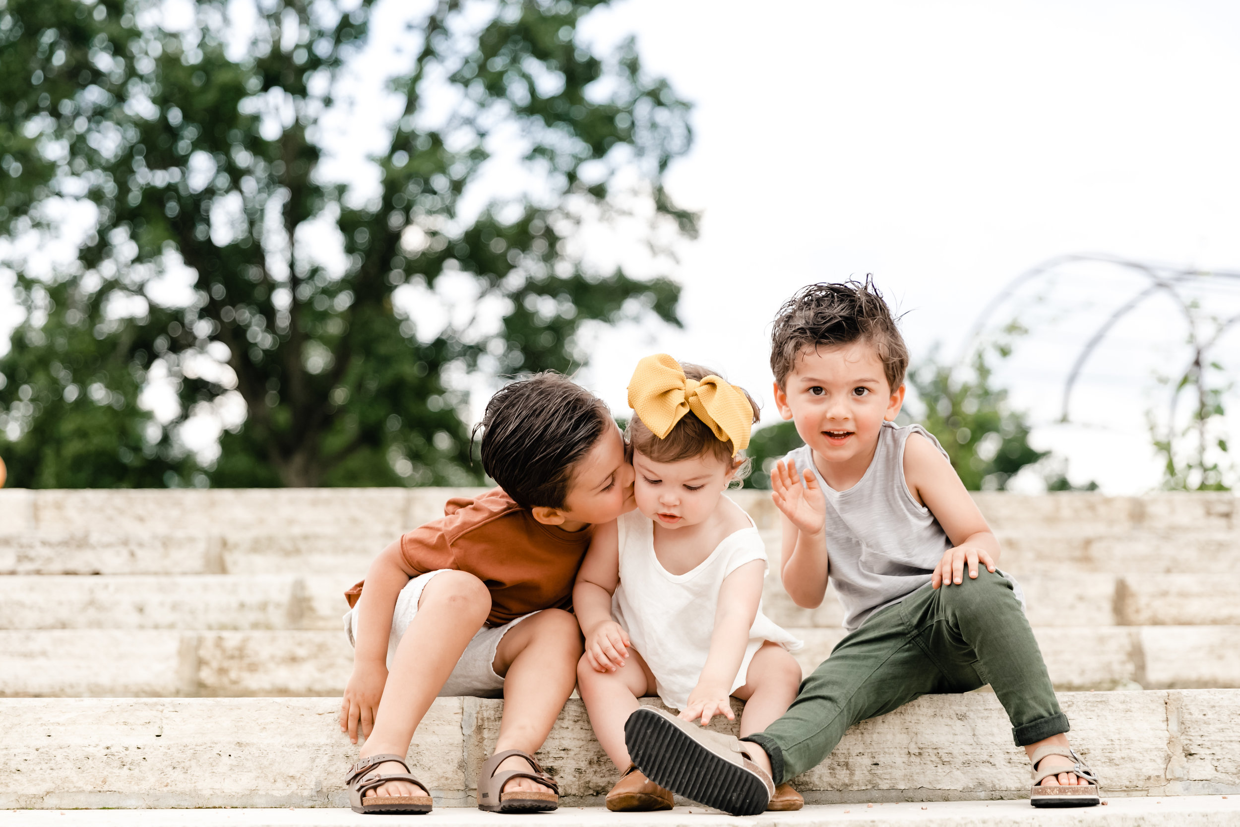 Standard - Since JGP lifestyle sessions are fully customizable, I work with each family to plan the perfect scene that best suits your family's personality or the look you're going for. Includes in-home sessions (great for kids with inflexible nap schedules) or an urban family feel, the options are endless!