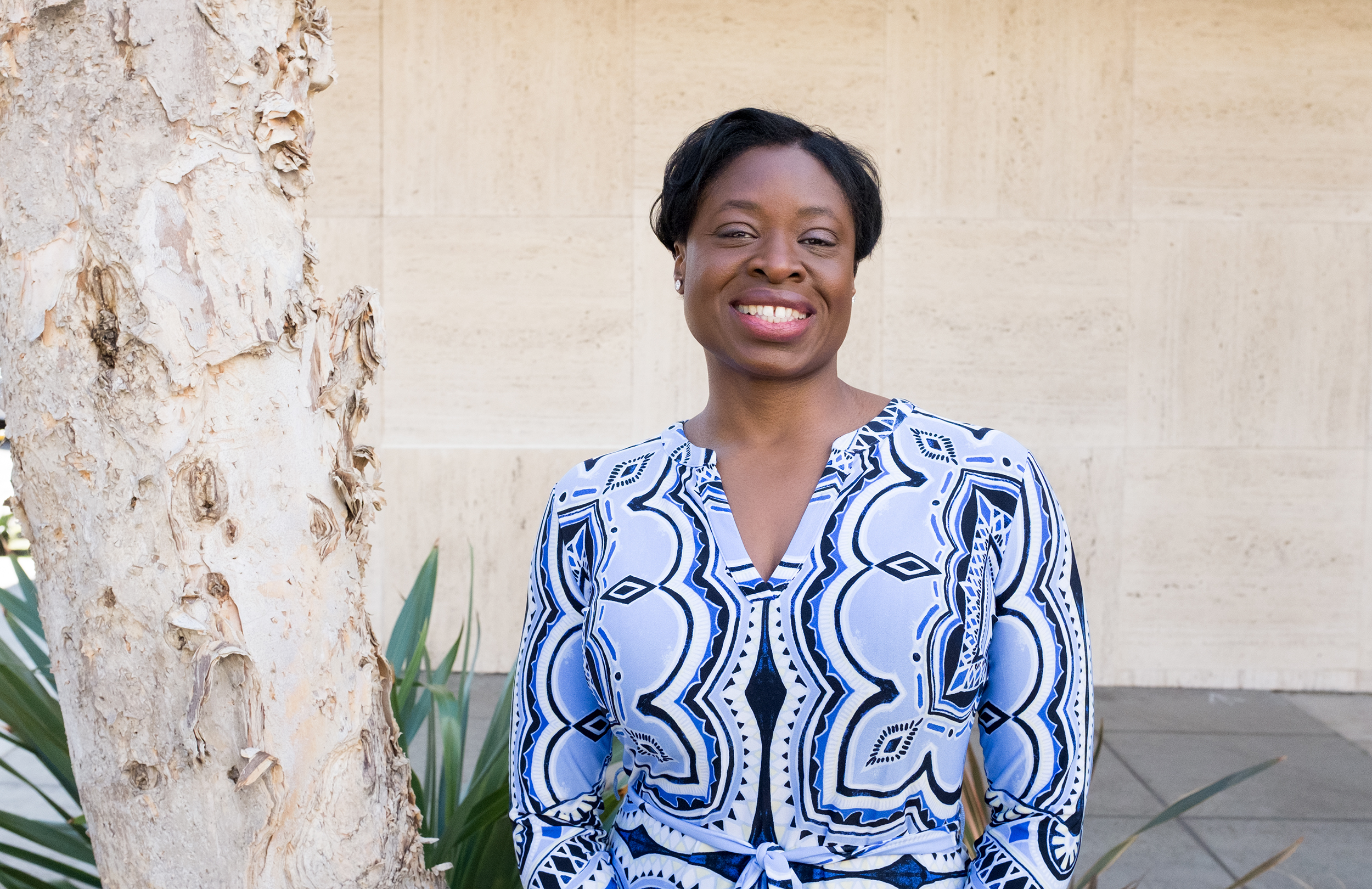 n  ess okonkwo   Investment banker and President of the Junior League of Los Angeles, Miracle Mile