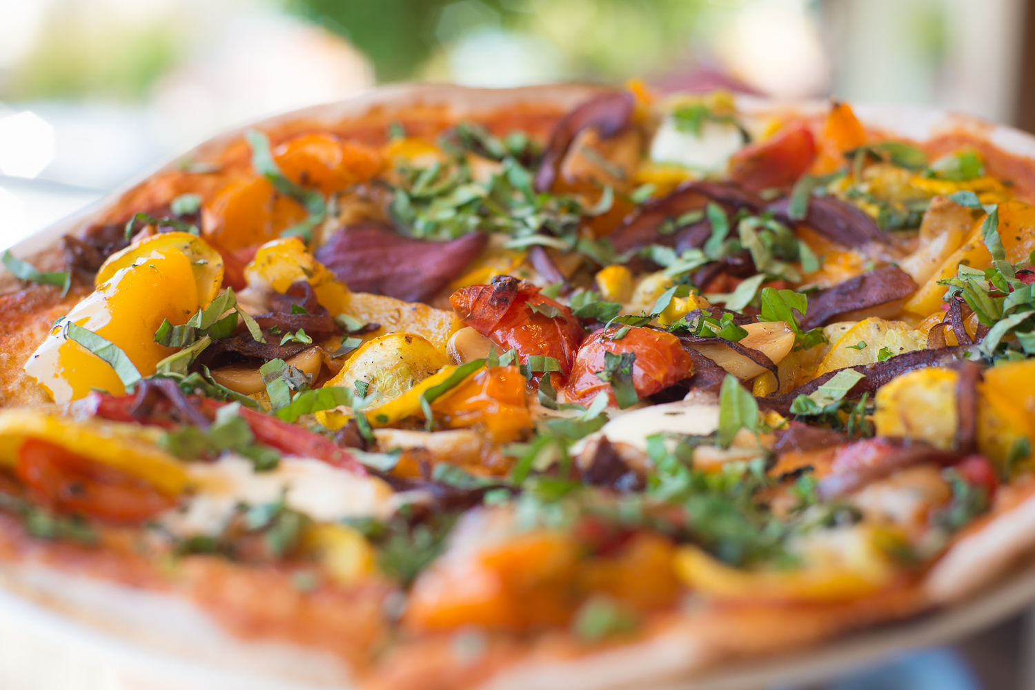 Thin crust organic vegetable pizza