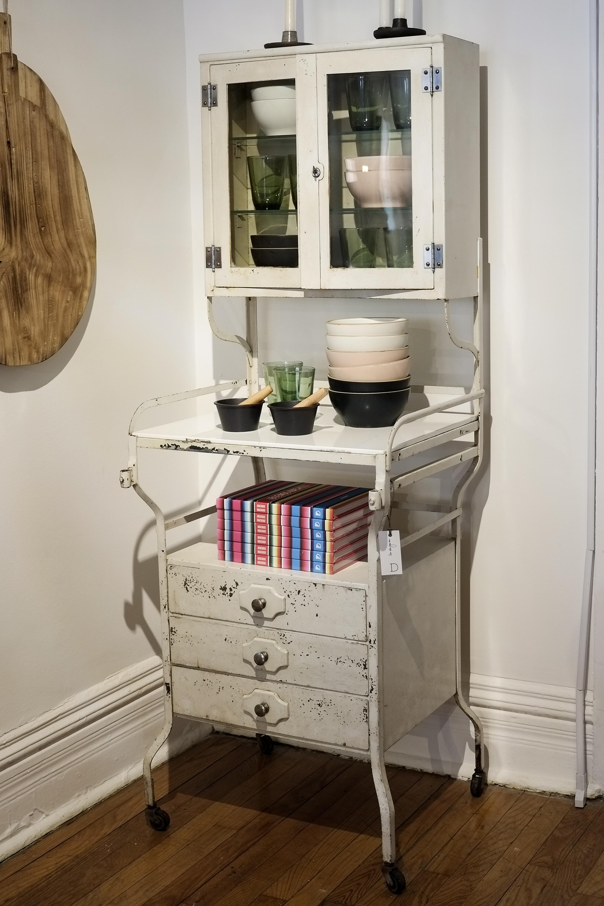 Id Chicago Vintage Medicine Cabinet