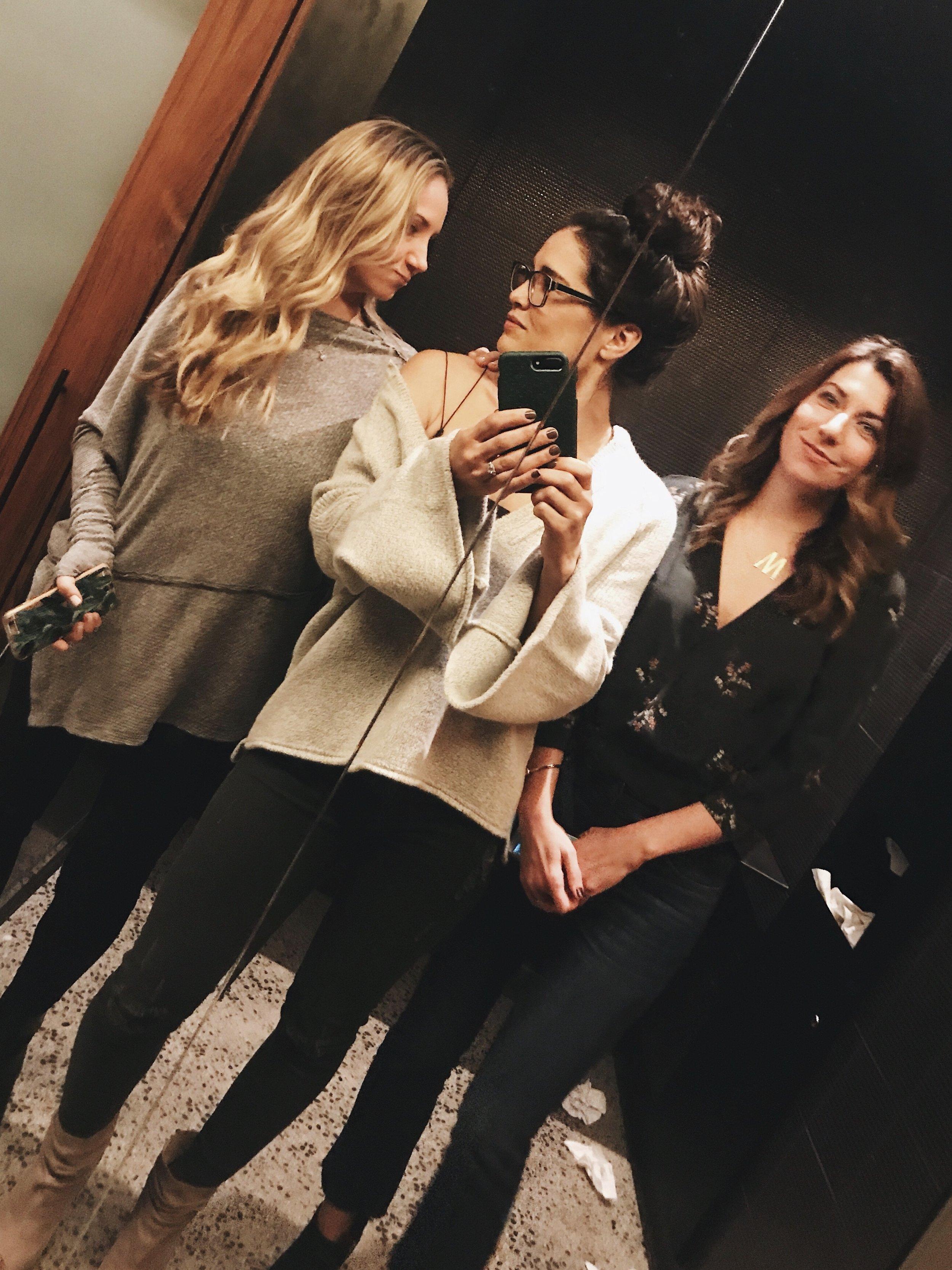 Bathroom selfies with @leahlaniskincare & @maisonpur