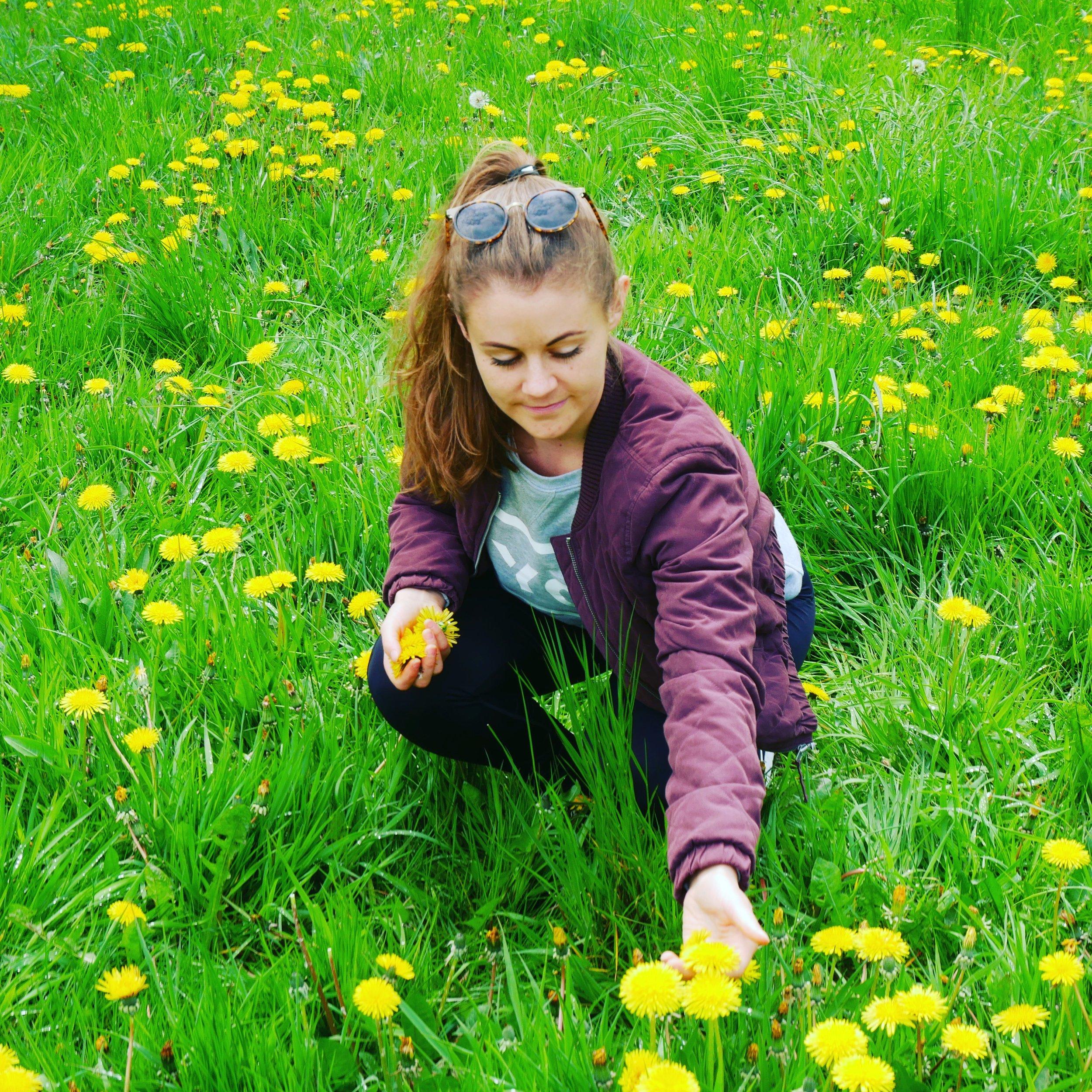 Tina har lige været på retreat i Grækenland hvor hendes arbejde bestod i at tage billeder og blogge om sin oplevelse af retreatet.