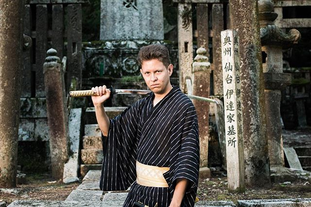 We were advised that it was okay to have a shoot at this grave yard in Japan.  #noregrets #me #katana #yukata #contiki #photoshoot #portait #portaitfestival #shoot2kill