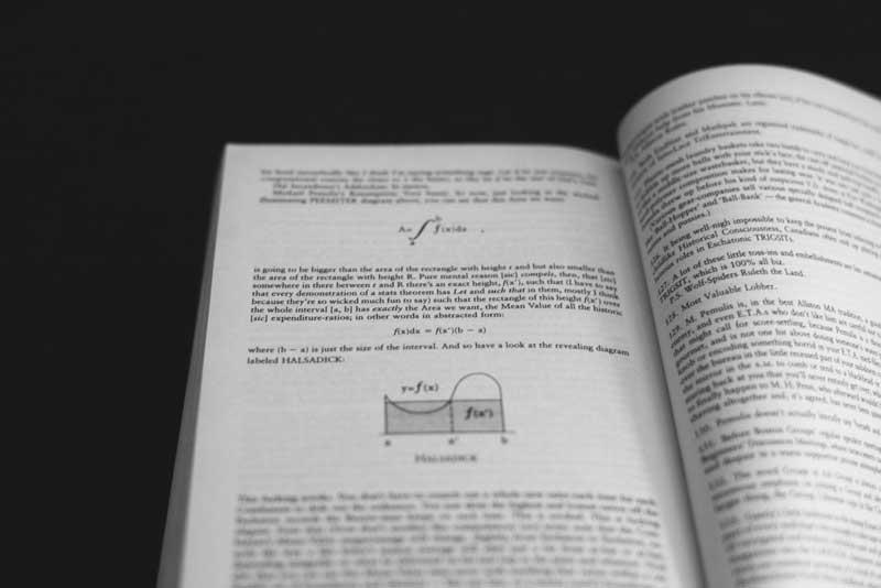 infinite-jest-book-footnotes.jpg