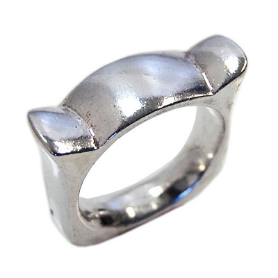 Space Horn Ring