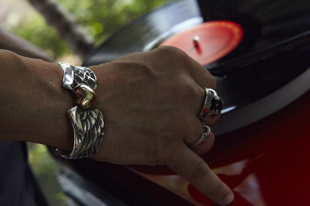 Rockstar Flying Heart Bangle  Broken Chain Ring