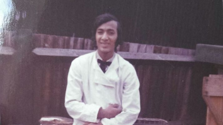 Chef & host '' Papa Kazmi ' at his first job in London (KFC). Ater a delightful youth in Pakistan, he flew to Europe at the age of 16. The beginning of 1 big  adventure , which is still exciting, 40 years later.