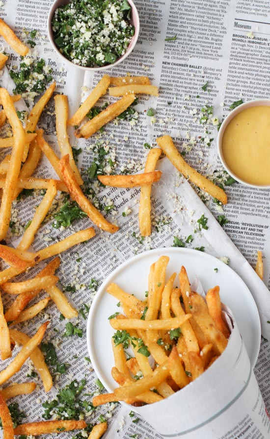 Lemon and herb seasoning for french fries