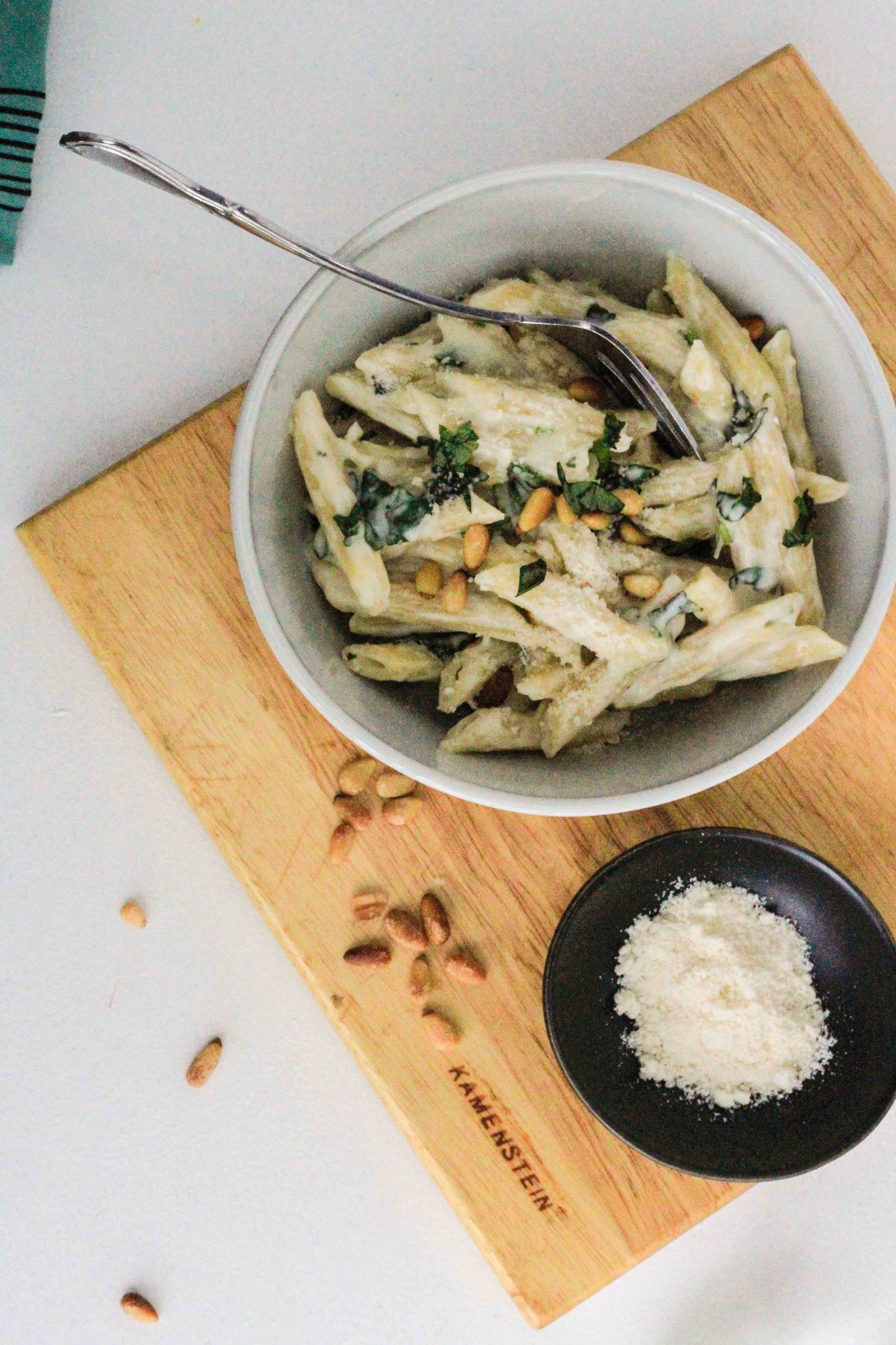 Creamy pasta with basil and pine nuts