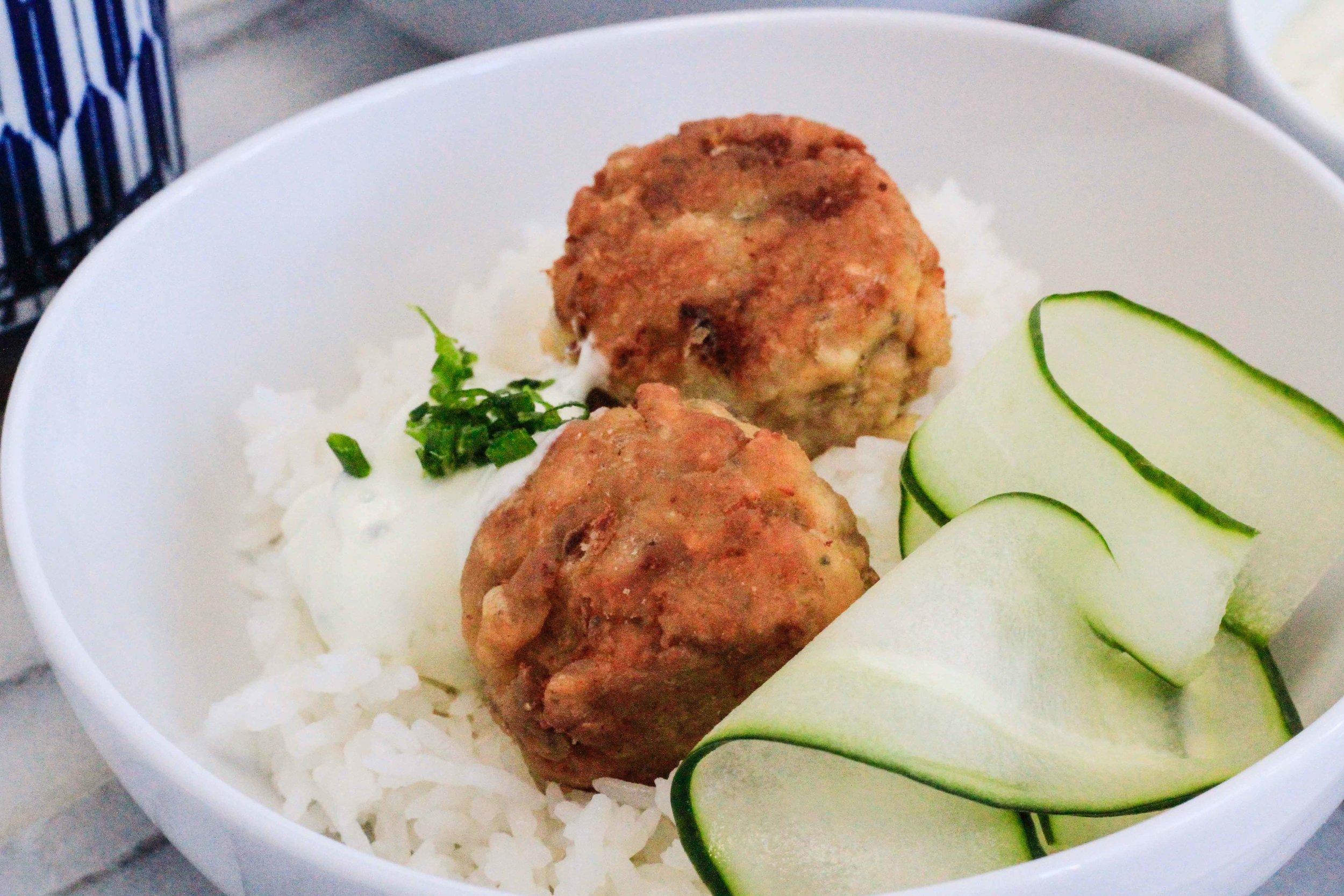 Salmon cake rice bowl