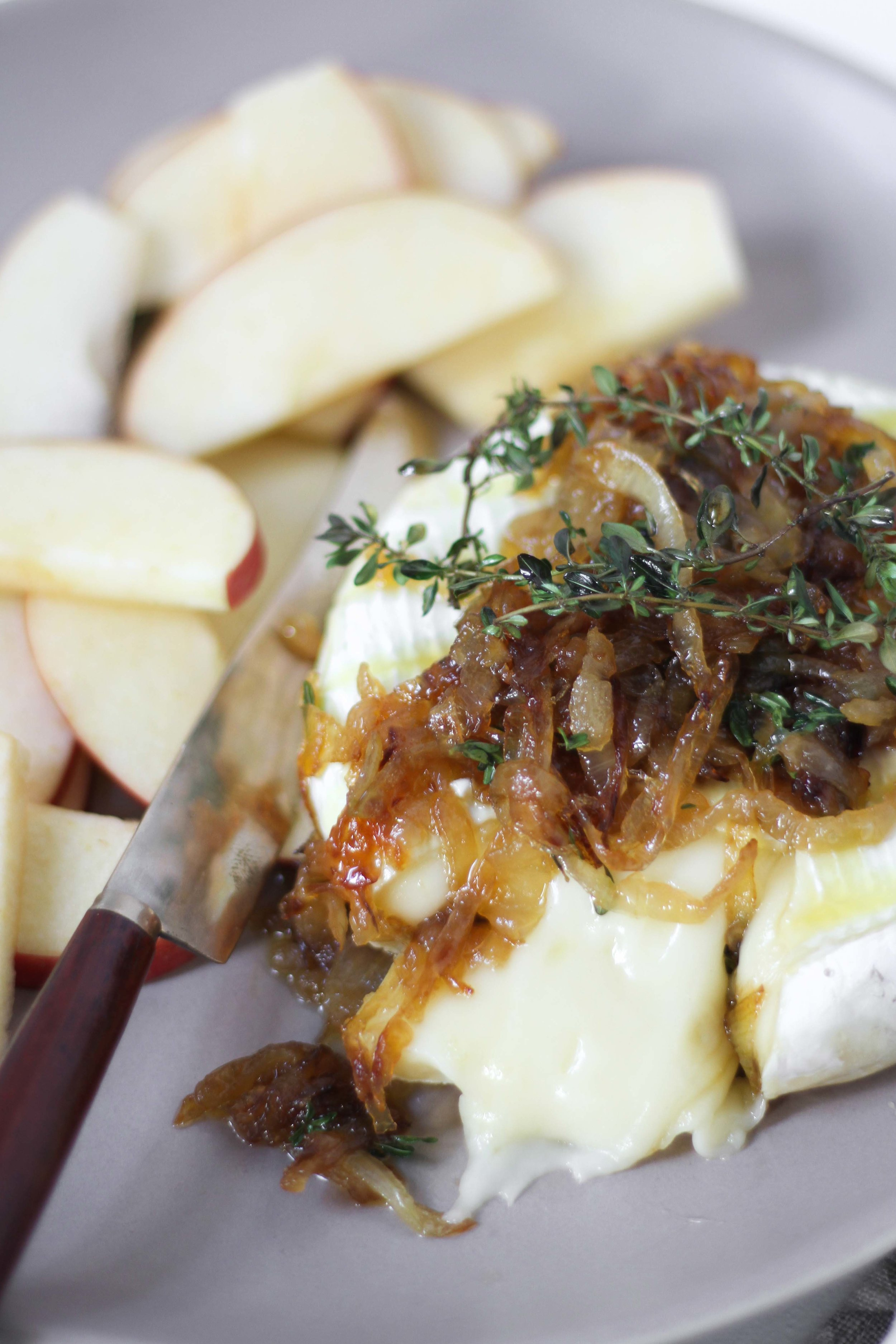 Baked honey brie with caramelized onions