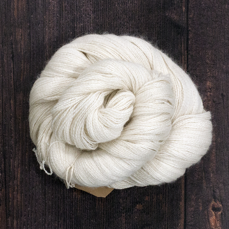 Type 49007  Angel Lite Lace  70% Baby Alpaca 20% Silk 10% Cashmere  100g Hanks 800m per 100g 2/16nm