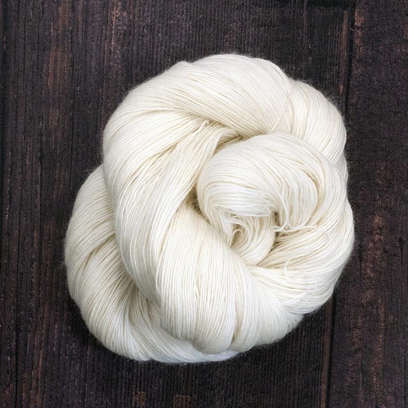 Type 49046  Ultra Singles Lace  100% Superwash Merino Wool Singles  100g Hanks 800m per 100g 1/8nm