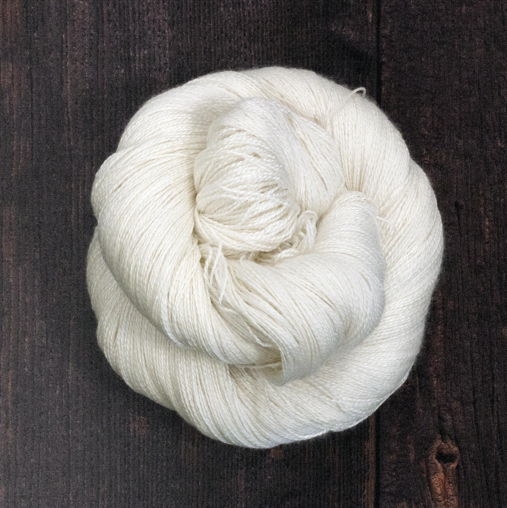 Type 49014  Posh Lace  50% Non Superwash Merino Wool 50% Silk  100g Hanks  800m per 100g 2/16nm
