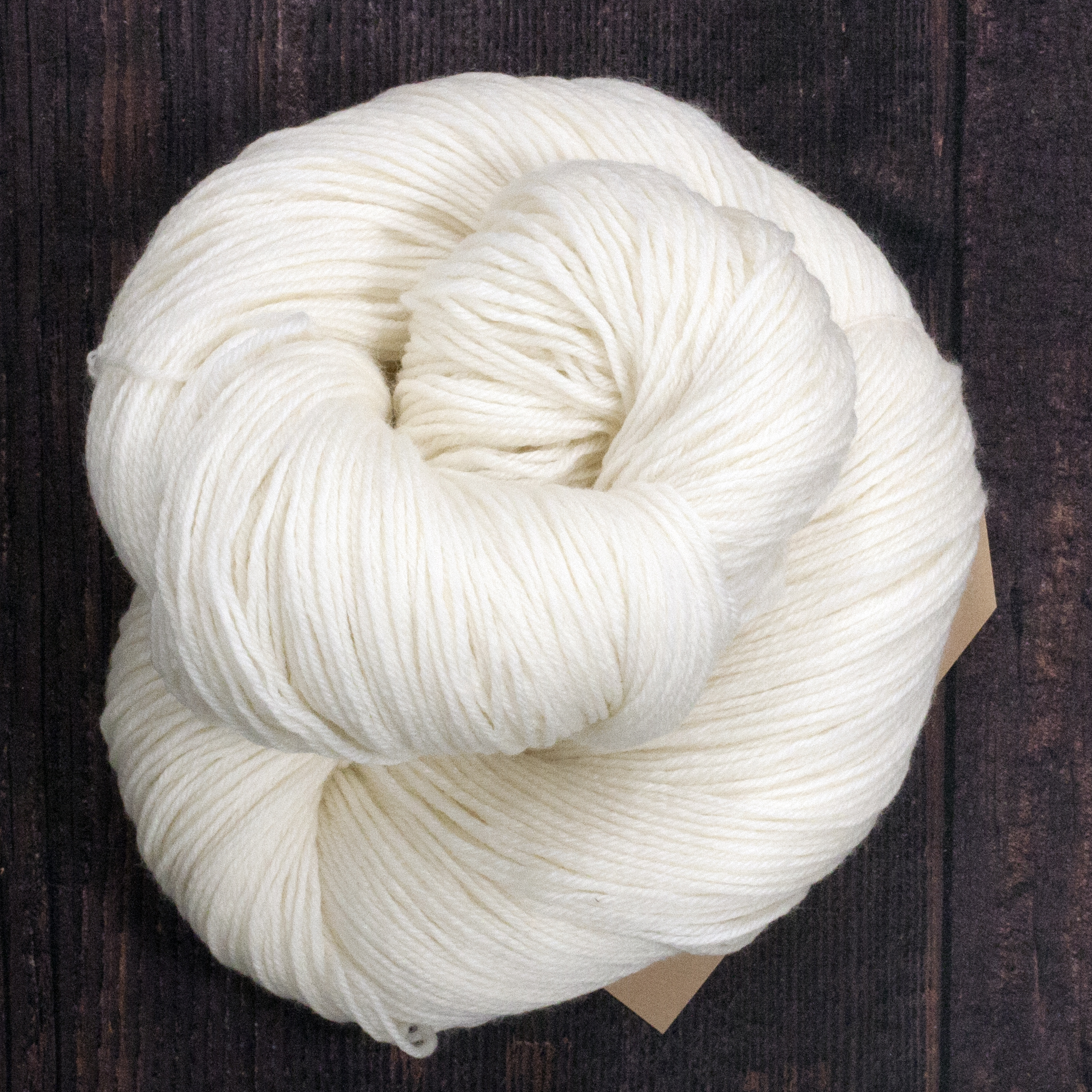 Type 49120   MCN 4ply  80% Superwash Merino Wool 10% Nylon  10% Cashmere  100g Hanks  400m per 100g 4/16nm