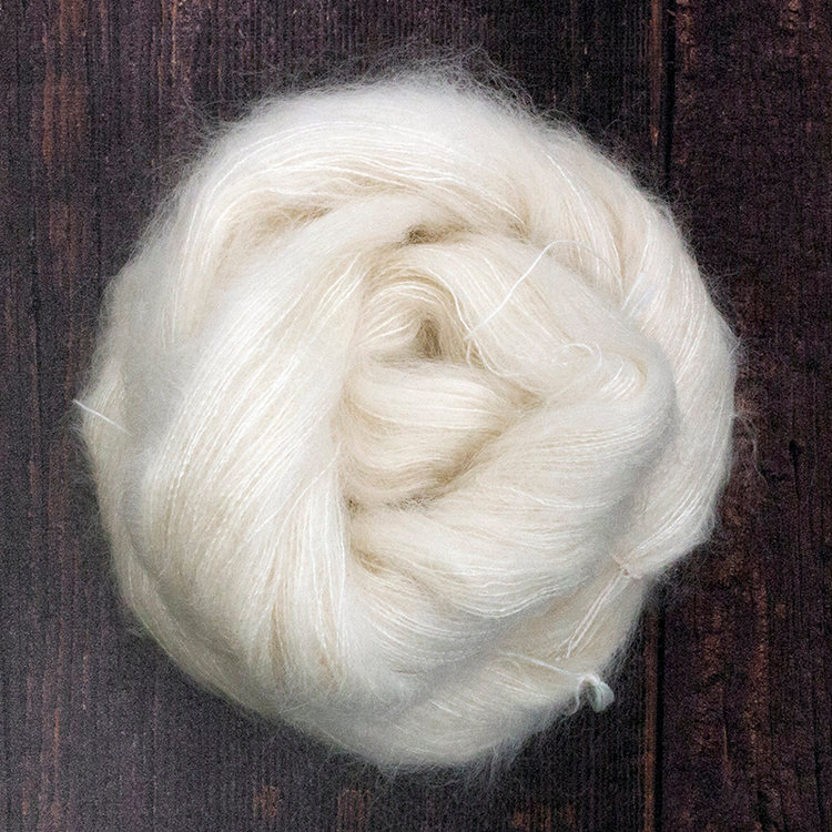 Type 49043  Kid Silk Lace  72% Kid Mohair 28% Silk Brushed Singles  50g Hanks  420m per 50g (840m per 100g) 1/8.4nm