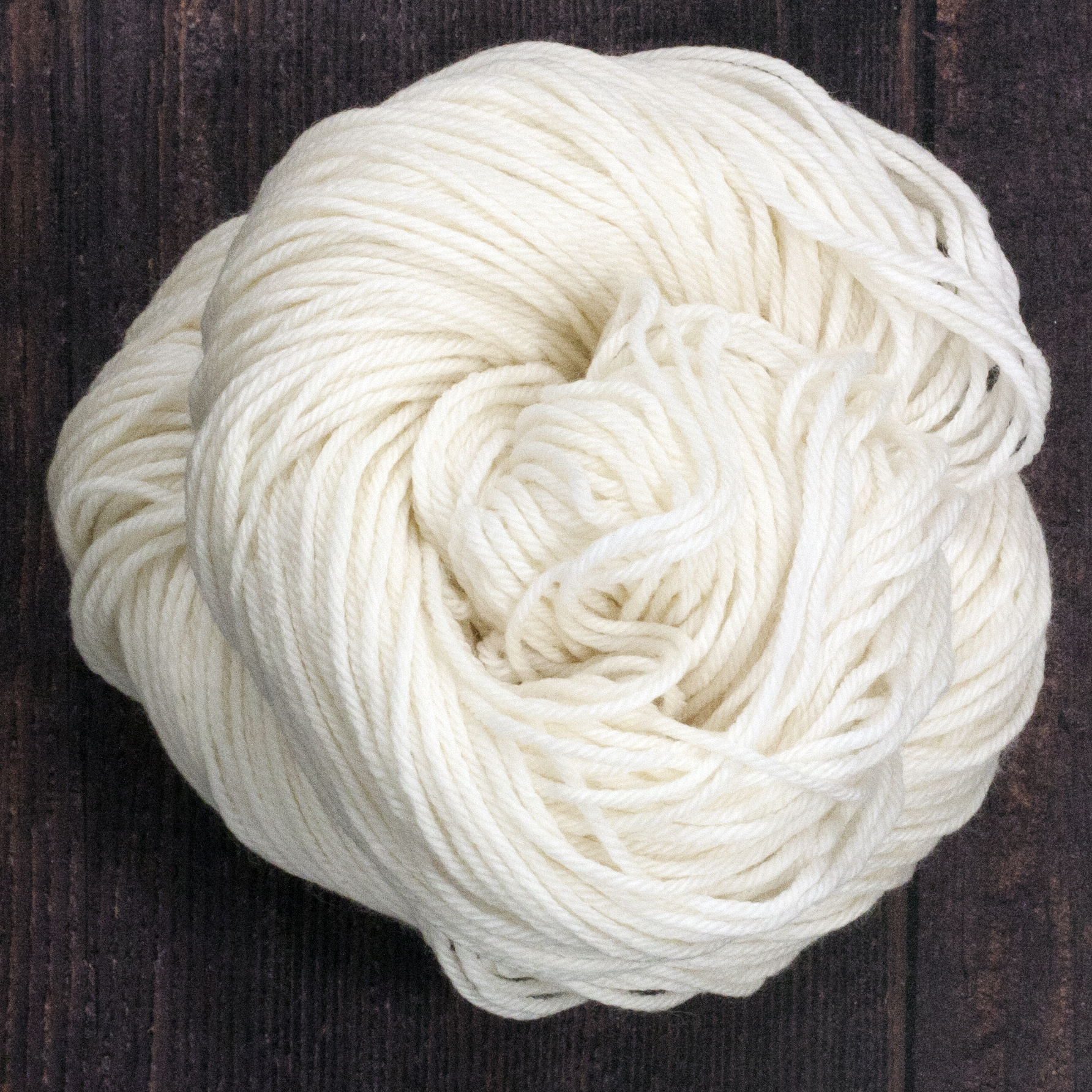 Type 49152   SW Sport 262  100% Superwash Merino Wool  100g Hanks  262m per 100g 4/10.5nm