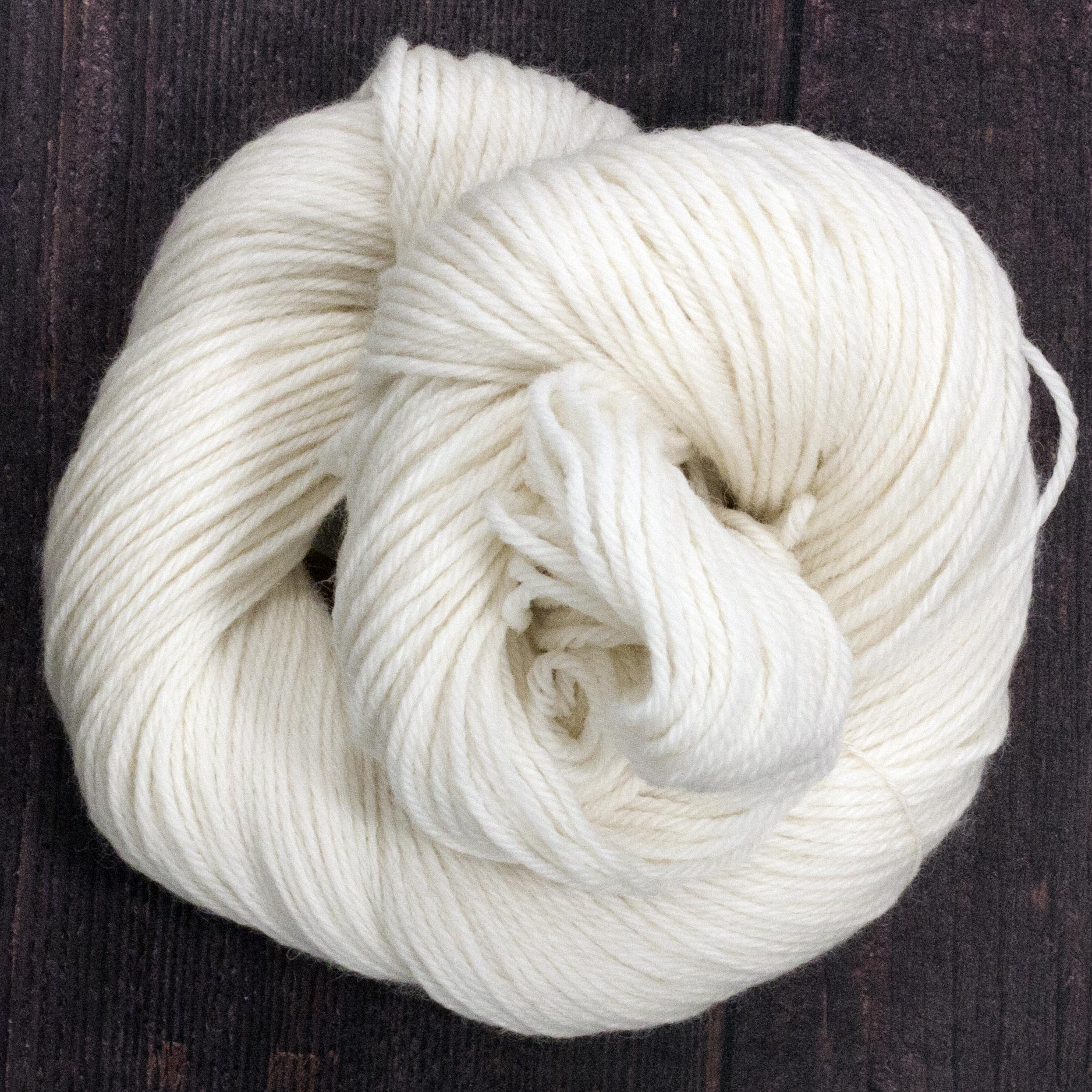 Type 49207  Organic DK 100% Organic South American Merino Wool  100g Hanks 225m per 100g 4/9nm