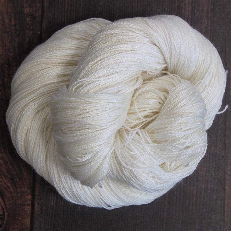 Type 49052  Silky Lace 50/50  50% Superwash Merino Wool 50% Silk  100g Hanks 800m per 100g 2/16nm