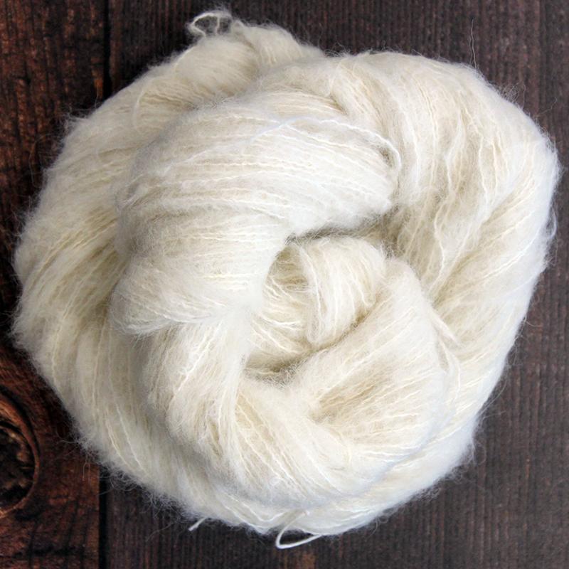 Type 49053  Suri Silk Cloud  74% Baby Suri Alpaca 26% Mulberry Silk  50g Hanks 600m per 100g 1/6nm