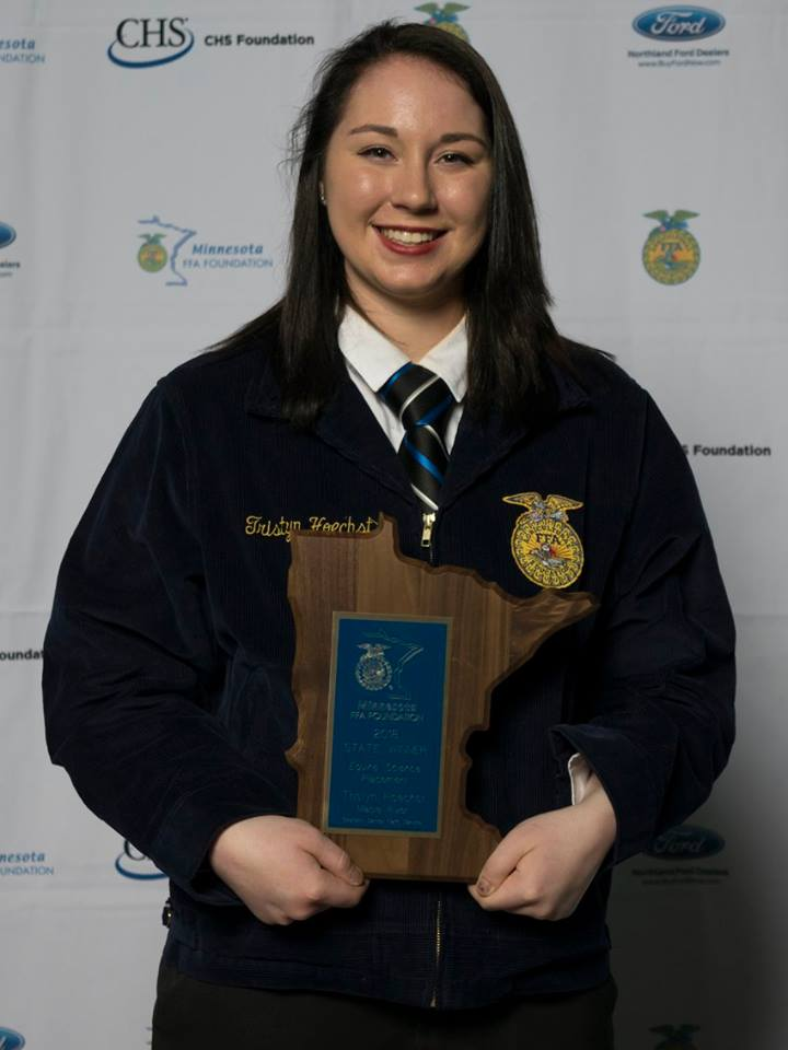 Equine Science Placement    Jackilyn Thayer    Maple River    Sponsored by: Central Farm Service