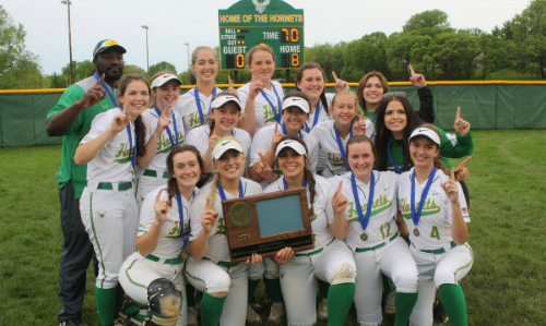 Edina | Section 6AAAA Champion   Roster  |  Schedule / Results  |  Website  |  Media Guide    Team Twitter  |  School Twitter  |  Students Twitter  |  Team FB  |  School FB   Quarterfinal Result:  L, 0-2  vs. Maple Grove  Semifinal Result:  L, 3-5  vs. Eden Prairie
