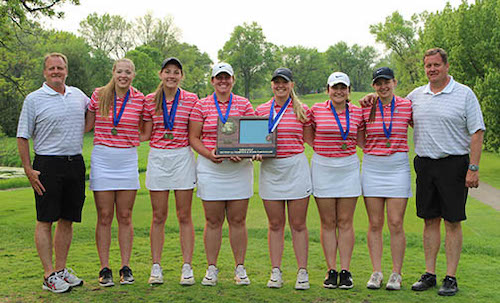 Class A State Champions    BOLD | Section 4A Champion   State Tournament Roster:  Ashley Trongard (JR) ,  Kaylee Fennern (FR) ,  Lanie Mages (JR) ,  Leslie Snow (FR) ,  Makayla Snow (JR) ,  Olivia Hanson (JR)    Team Twitter  |  School Twitter  | Students Twitter |  Team FB  |  School FB