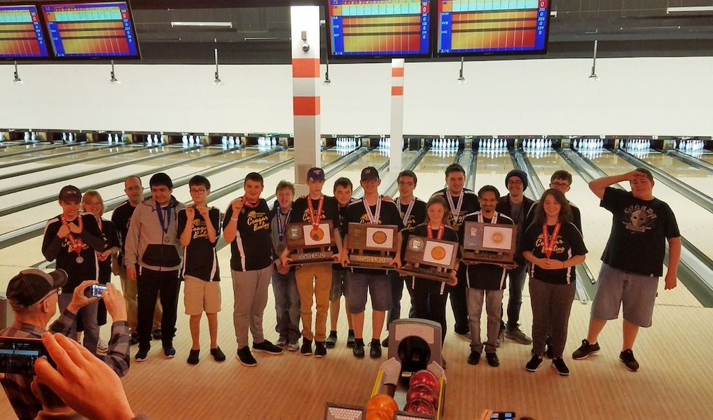 Mankato East swept the podium with the Champion, Runner-up and 3rd Place Team at the 2018-19 State Tournament.  Names of Team Members: