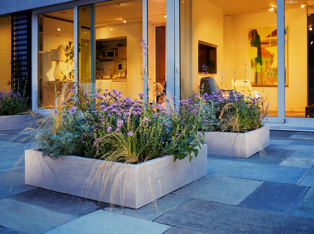 parterre planters in situ2.jpg