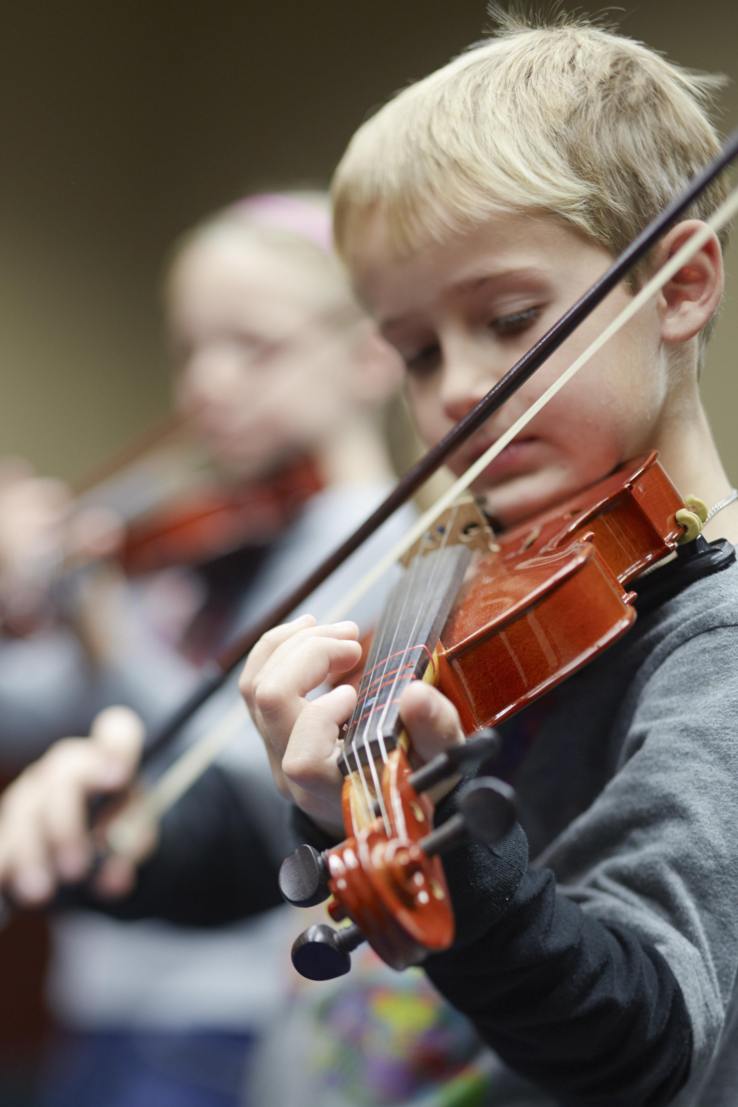 Violin_Boy2.jpg